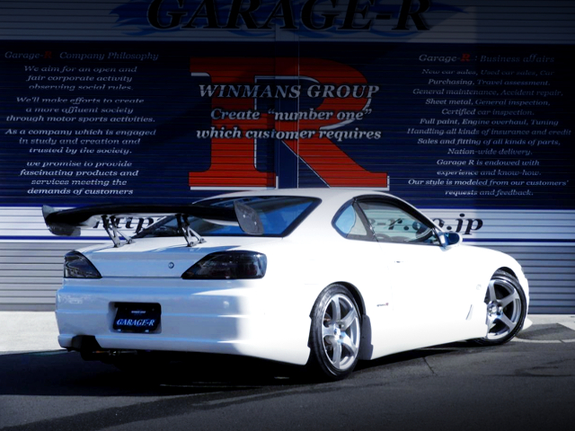 REAR EXTERIOR OF S15 SILVIA SPEC-R TO WJITE COLOR