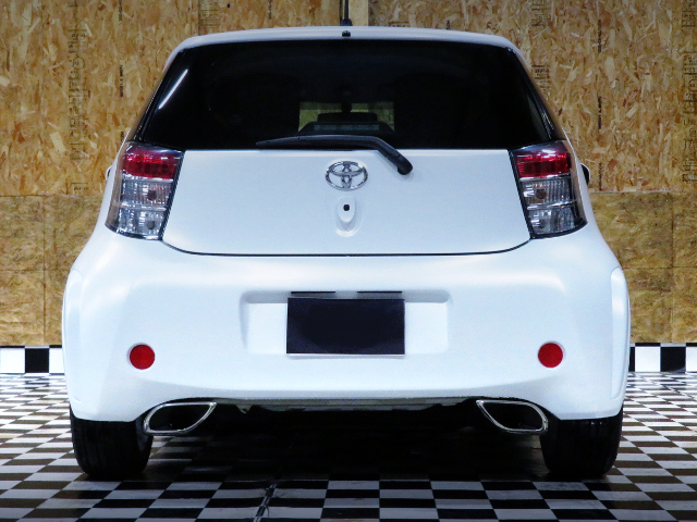 REAR TAIL LIGHT OF TOYOTA IQ