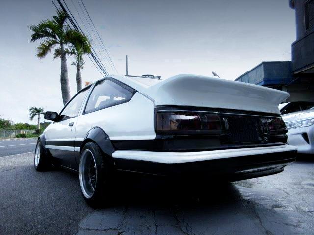 REAR EXTERIOR OF AE86 TRUENO GT-APEX WIDEBODY