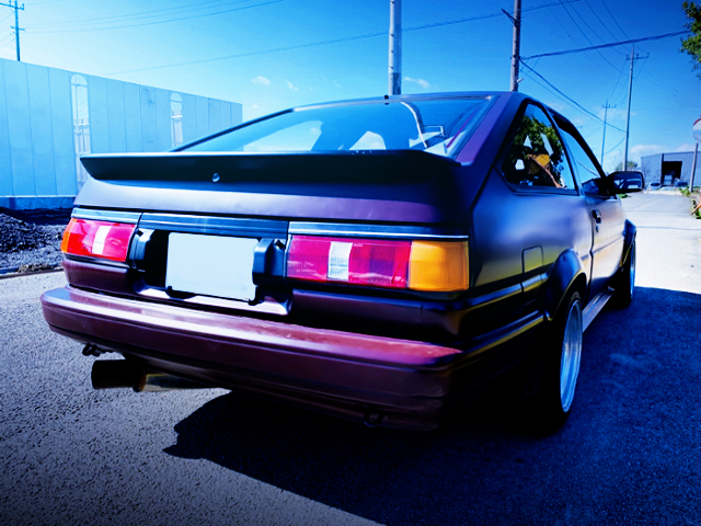 REAR EXTERIOR OF AE86 LEVIN MAROON COLOR