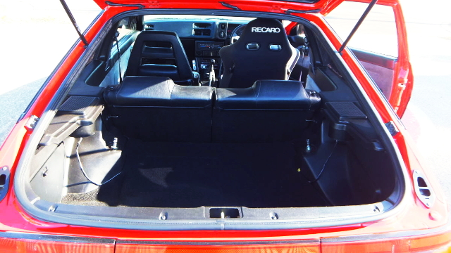 AE86 HATCH TRUNK ROOM
