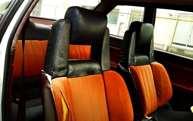 AE86 TRUENO INTERIOR OF SEATS