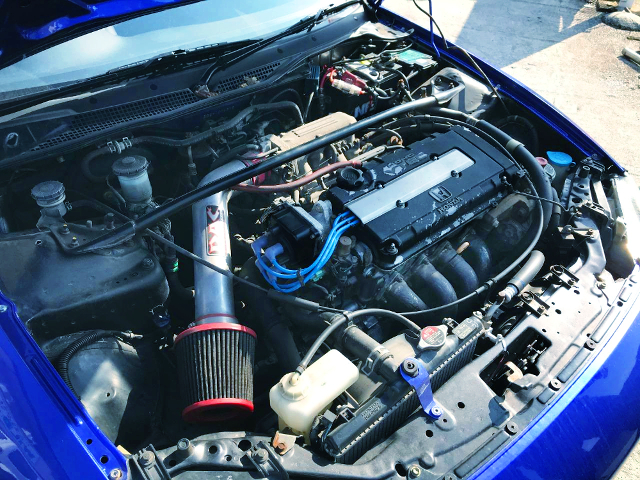 B16A VTEC ENGINE WITH EXHAUST MANIFOLD
