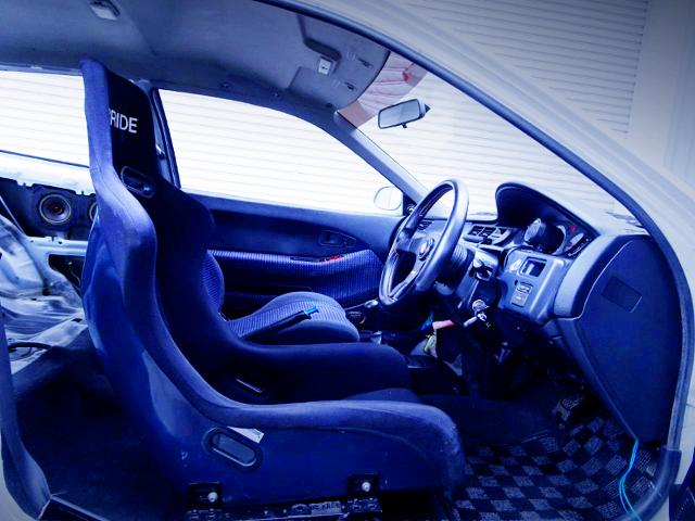 DRIVER'S FULL BUCKET SEAT