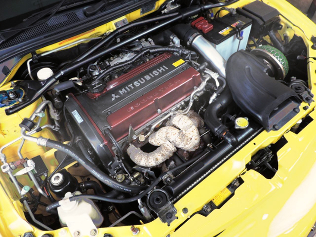 4G63 TURBO ENGINE WITH HKS EXHAUST MANIFOLD