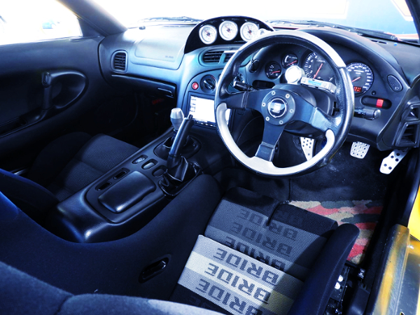 INTERIOR OF FD3S RX-7 TYPE-RB