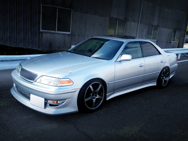 FRONT EXTERIOR OF JZX100 MARK2 TOURER-V