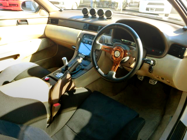 INTERIOR OF JZZ30 SOARER