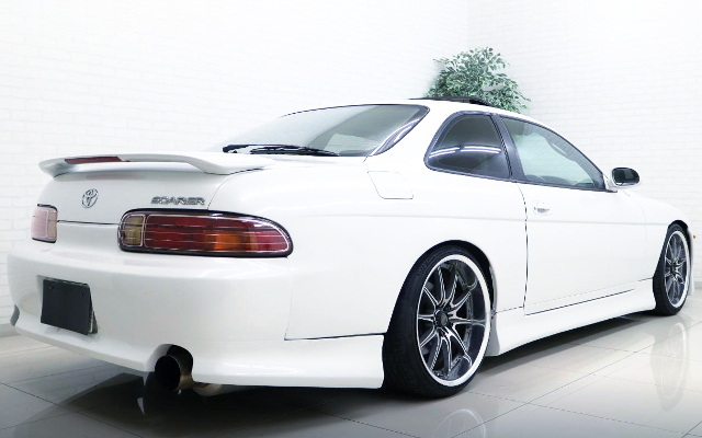 REAR EXTERIOR OF JZZ30 SOARER 25GTT