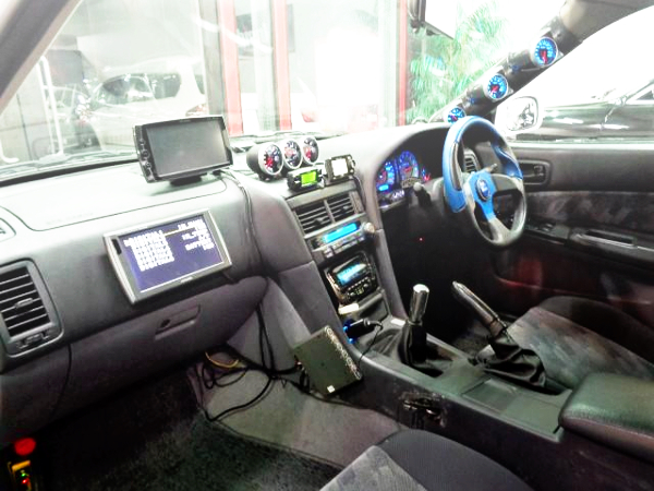 HR34 SKYLINE 4-DOOR DASHBOARD