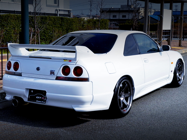 REAR EXTERIOR IF R33 GT-R