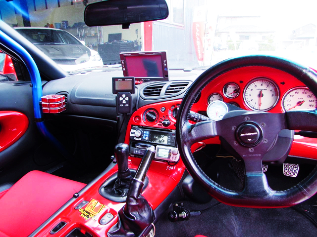 INTERIOR CUSTOM DASHBOARD OF FD3S RX-7