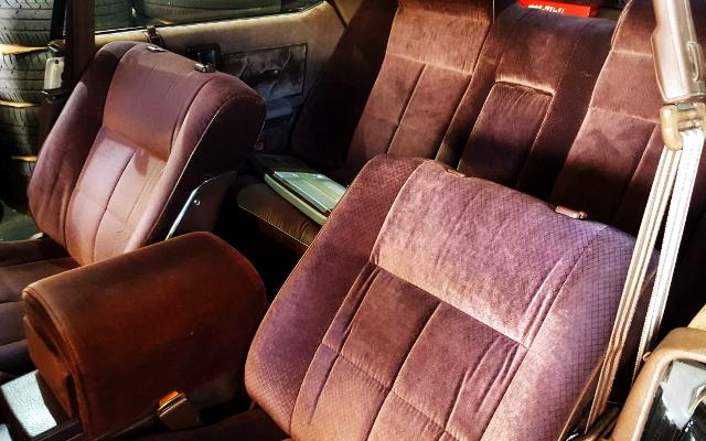 INTERIOR SEATS OF Y30 GLORIA