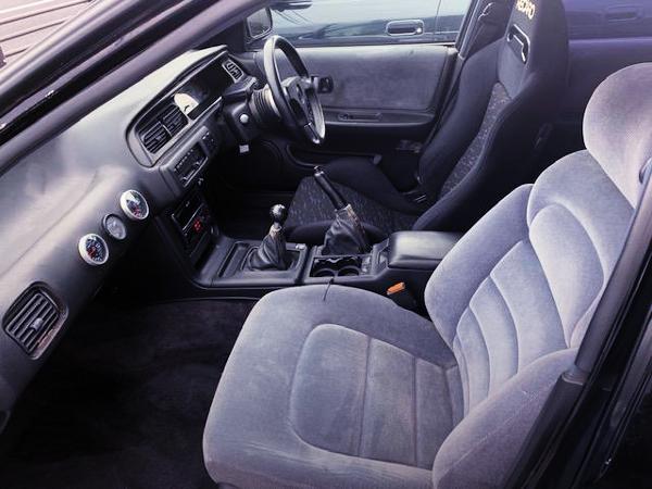 DRIVER'S SEMI BUCKET SEAT