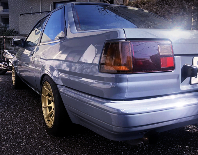 REAR TAIL LIGHT OF AE86 LEVIN