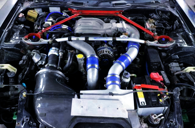 13B-REW ROTARY SEQUENTIAL TWIN TURBO ENGINE