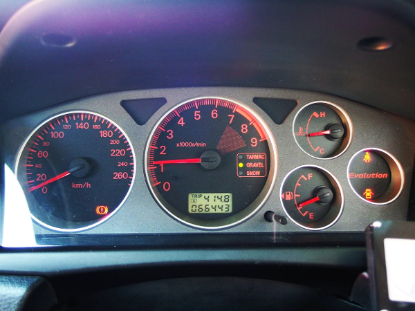 LANCER EVOLUTION 8 GSR SPEED CLUSTER