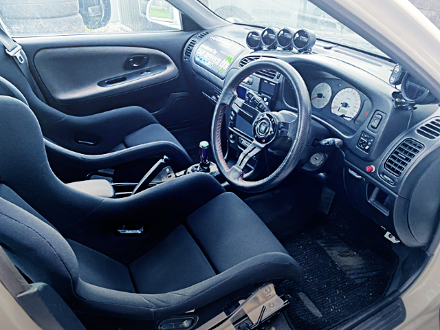 FULL BUCKET TWO-SEATER AT EVO5 GSR INTERIOR