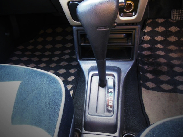 4-SPEED AUTOMATIC