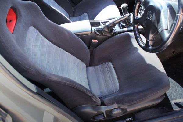 R33 SKYLINE 4-DOOR GT-R DRIVER'S SEAT