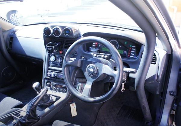 INTERIOR DASHBOARD OF R33 4-DOOR GT-R AUTECH 40TH