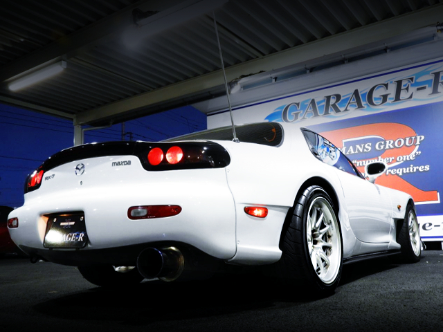 REAR EXTERIOR OF FD3S RX7 TYPE-RB