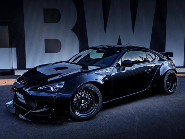 FRONT EXTERIOR OF TOYOTA 86