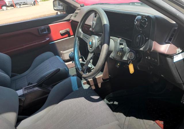 NARDI STEERING AND DASHBOARD AT AE86 LEVIN INTERIOR.