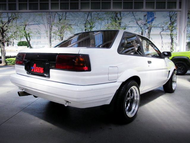 REAR EXTERIOR OF LEVIN FRONT END TO AE86 TRUENO