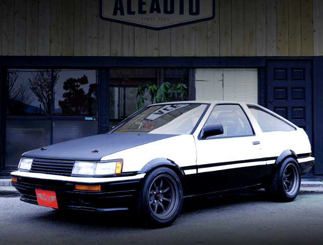 FRONT EXTERIOR OF AE86 LEVIN HATCH.