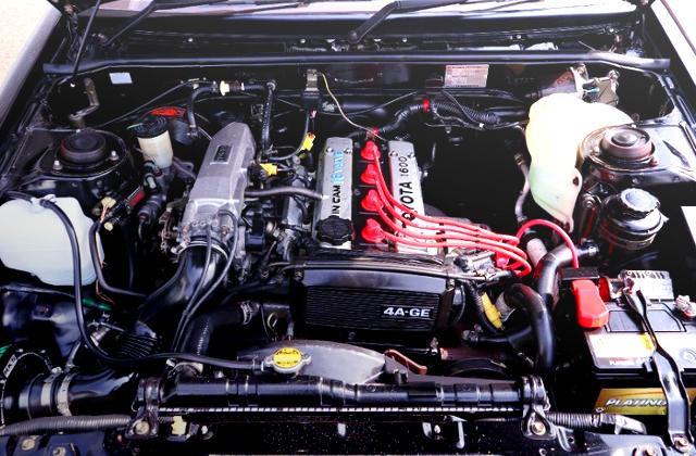 16V 4AG ENGINE OF AE86 BLACK LIMITED MOTOR.