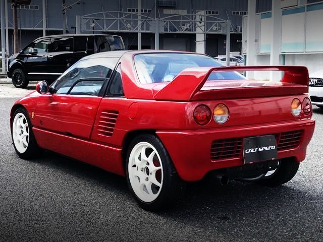 REAR EXTERIOR OF MAZDA AUTOZAM AZ-1 TO RED PAINT.
