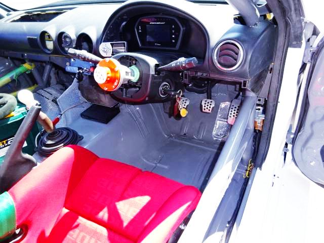 DRIVER'S DASHBOARD OF S15 SILVIA RACE CAR.