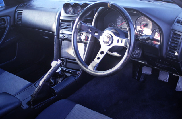 INTERIOR OF ER34 DASHBOARD.
