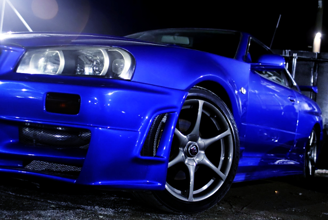 FRONT R34 GT-R GENUINE WHEEL.