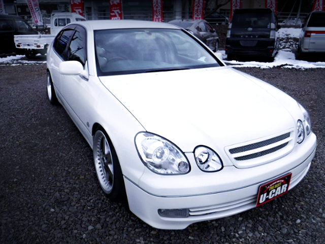FRONT EXTERIOR OF JZS161 ARISTO TO WHITE COLOR.