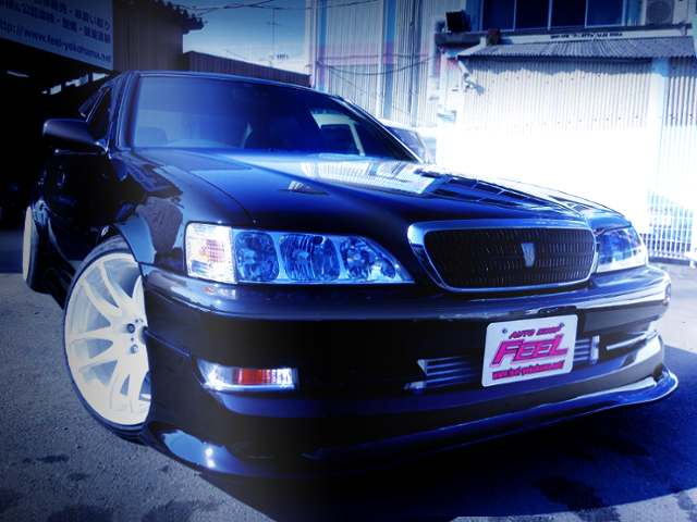 FRONT EXTERIOR OF JZX100 CRESTA WIDEBODY.