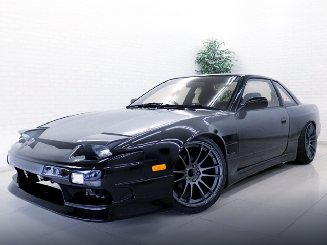 FRONT EXTERIOR OF 180SX FRONT END ON S13 SILVIA.
