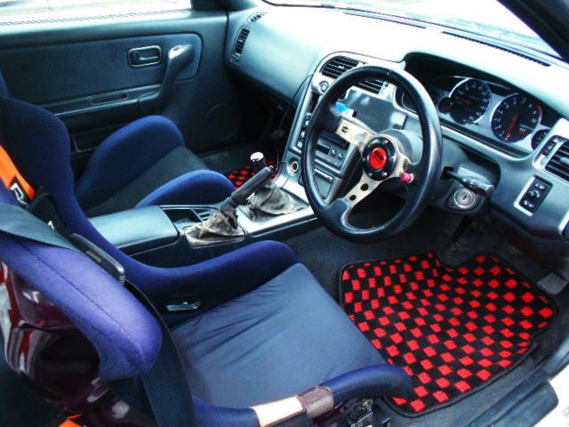 R33 GT-R INTERIOR.