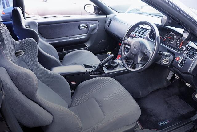 R33 GT-R V-SPEC INTERIOR.