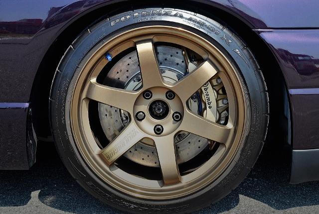 R35 GT-R Brembo BRAKE CALIPER CONVERSION TO R33 GT-R V-SPEC.