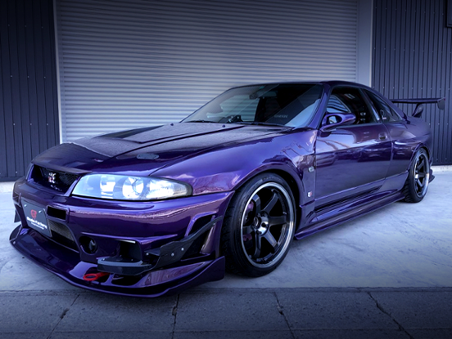 FRONT EXTERIOR OF R33 GT-R MIDNIGHT PURPLE.