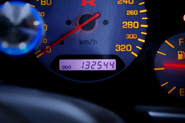 320km/h SPEED CLUSTER OF R34 GT-R.