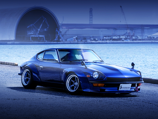 FRONT EXTERIOR OF S30 FAIRLADY Z BLUE.