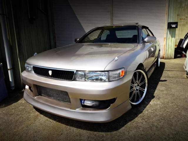 FRONT EXTERIOR OF JZX90 CHASER TOURER-V TO GOLD PAINT.