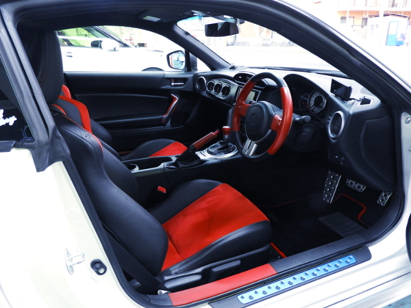 TOYOTA86 GT-LIMITED DASHBOARD AND STEERING.