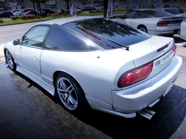 REAR EXTERIOR OF 180SX TYPE-S.