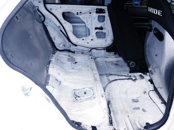 BACKSEAT DELETE TO EVO 8 RS INTERIOR.