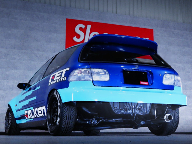 REAR UNDER EXTERIOR OF FALKEN COLOR EG6 CIVIC SiR2.