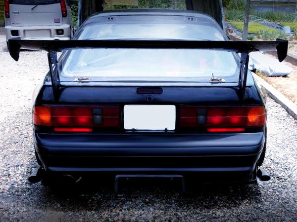 REAR GT-WING OF FC3S RX-7 GT-R.